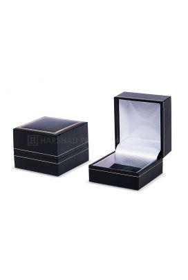 IP 02 Ring Box Black